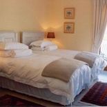 Simons Town Room - A Tuscan Villa Guest House Fish Hoek