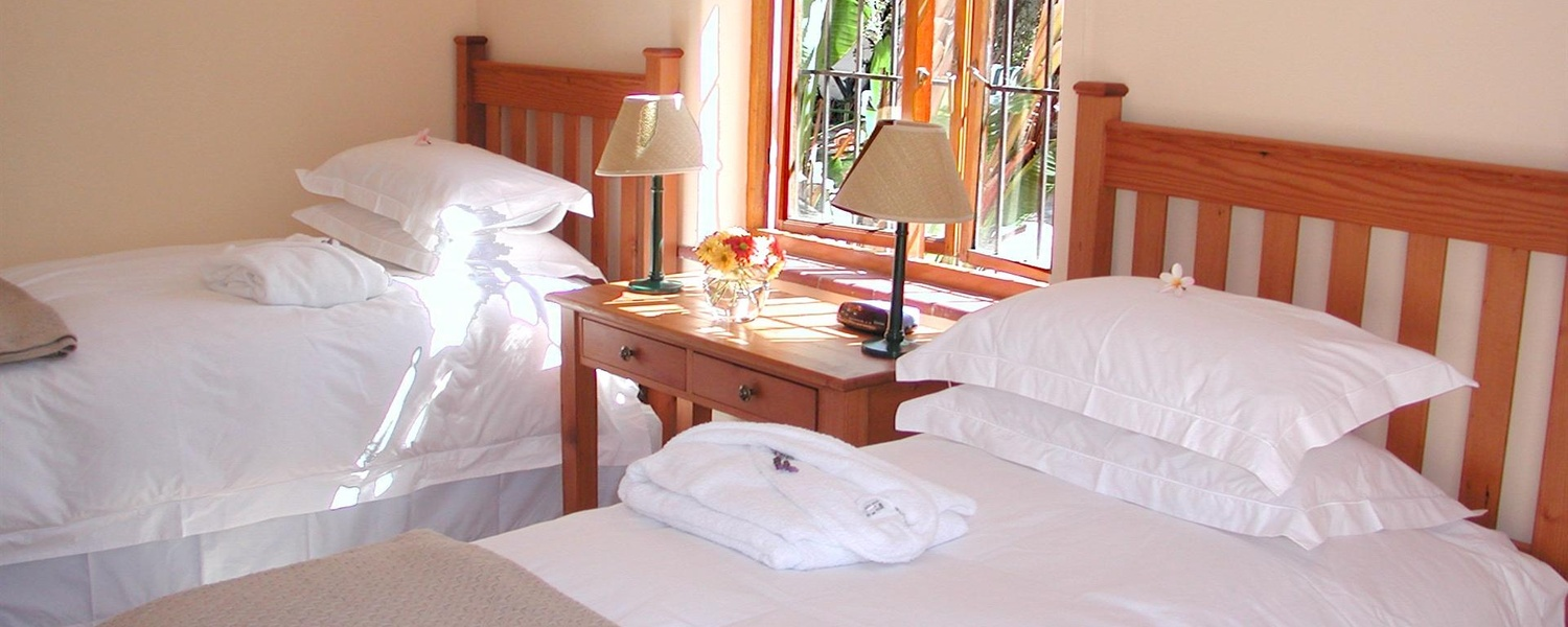 Fish Hoek Accommodation,Fishhoek accommodation,accommodation Cape Town,Guest House Fish Hoek,Fishhoek Guest House,Holiday accommodation Fish Hoek,A Tuscan Villa Fish Hoek,A Tuscan Villa amenities,Fish Hoek Accommoation