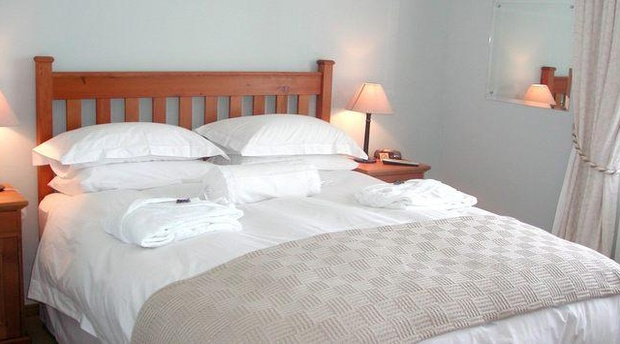 Fish Hoek Room - A Tuscan Villa Guest House Fish Hoek